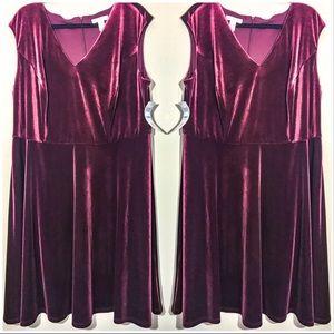 London Times Woman Red Velvet Dress size 20w